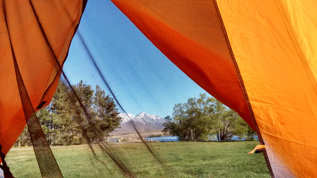 nat-NZ-canterbury-lake_clearwater-tent_view
