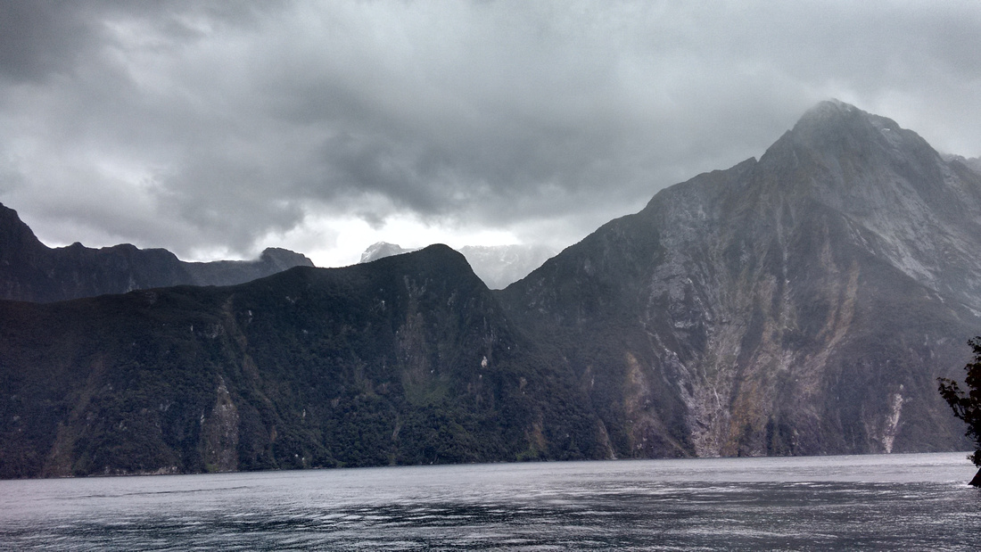 nat-NZ-fiordland-milford_sound-10