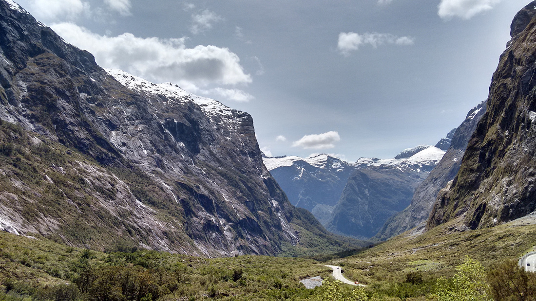nat-NZ-fiordland-road_to_milford_sound-4