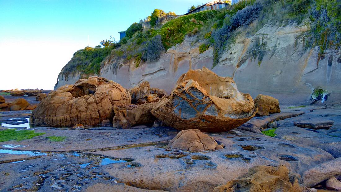 nat-NZ-otago-shag_point-katiki_boulders-3