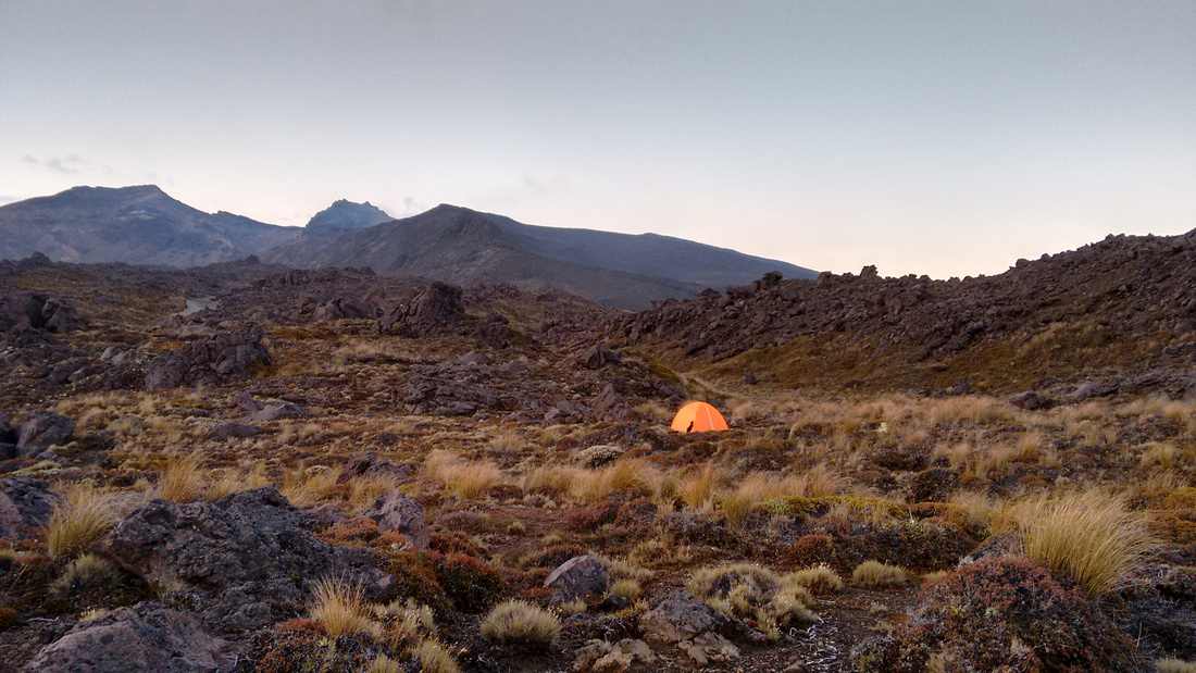 17-nat-NZ-tongariro-first_campsite