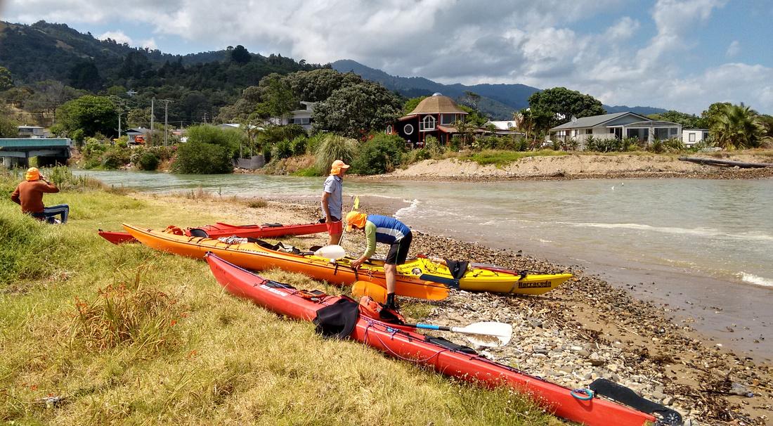 act-NZ-coromandel-kayaking-2