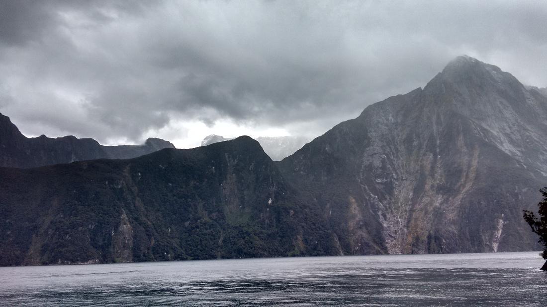 nat-NZ-fiordland-milford_sound-10